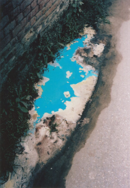 Flaque Bleue, 2009, Inkjet print, 40 X 60 cm, Edition of 3 + 2AP - © Vincent Delbrouck
