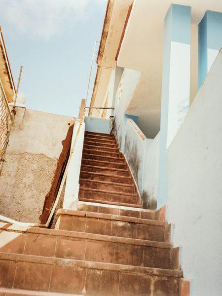 Escaliers, 2016, C-print, 72 X 96 cm, Edition of 3 + 2AP - © Vincent Delbrouck
