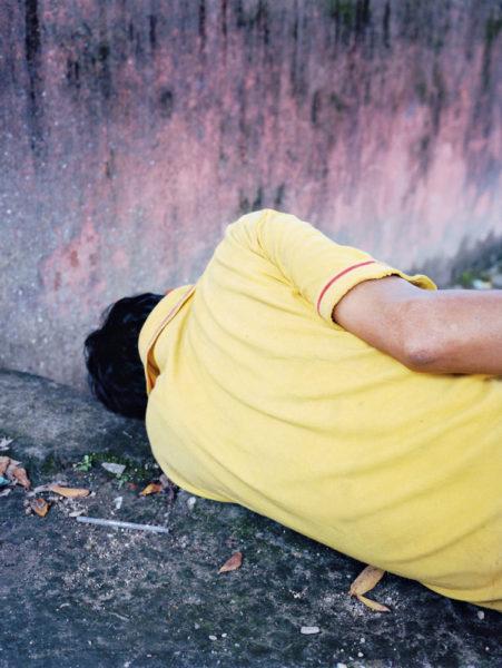 Yellow Sleeper, 2014, 57 X 76 cm, Edition of 3 + 2AP - © Vincent Delbrouck