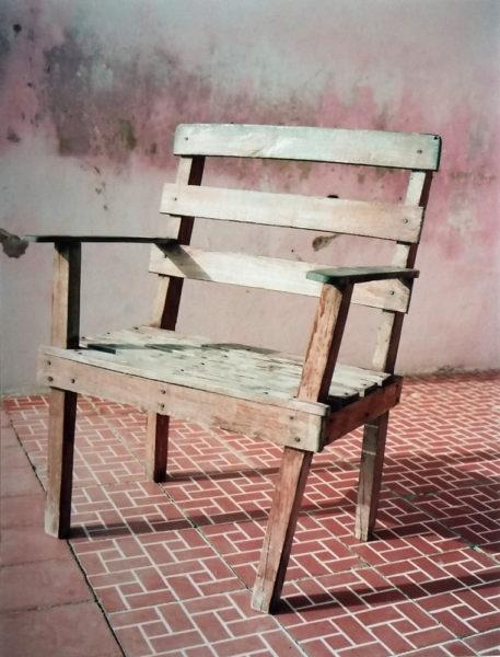Gibara's Chair, 2017, C-print, 14,5 X 19,5 cm, Edition of 2 + 2AP - © Vincent Delbrouck