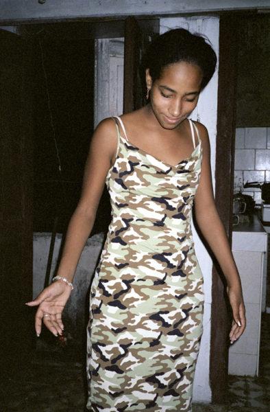 Camouflage Dress, 2003, C-print, 32 X 48 cm, Edition of 3 + 2AP - © Vincent Delbrouck